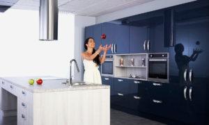 Кухни с фасадами Алвик Люкс глянец