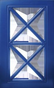 витрина с перекрестной рамой